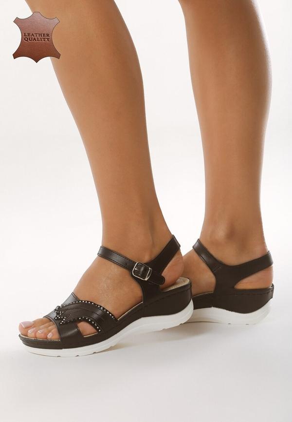 Czarne sandały born2be ze skóry