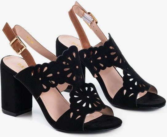 Czarne sandały Royalfashion.pl na obcasie