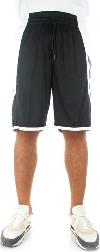 Czarne spodenki Adidas w sportowym stylu