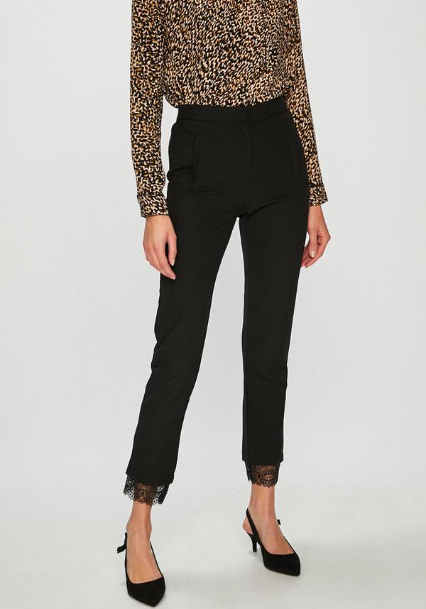 Czarne spodnie Answear