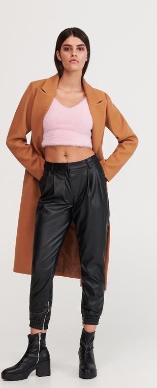 Czarne spodnie Reserved w rockowym stylu ze skóry