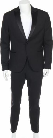 Czarny garnitur Isaac Dewhirst z wełny