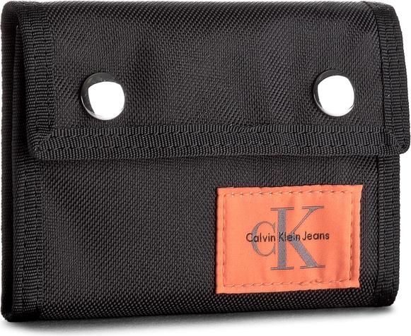 abda32c8b6a40 Czarny portfel męski calvin klein jeans w sportowym stylu ze skóry