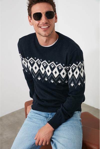 Czarny sweter Trendyol w młodzieżowym stylu