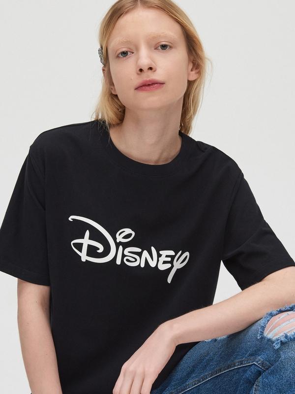 Czarny t-shirt Cropp z krótkim rękawem w młodzieżowym stylu