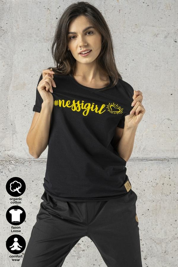 Czarny t-shirt Nessi Sportswear z krótkim rękawem z bawełny z okrągłym dekoltem