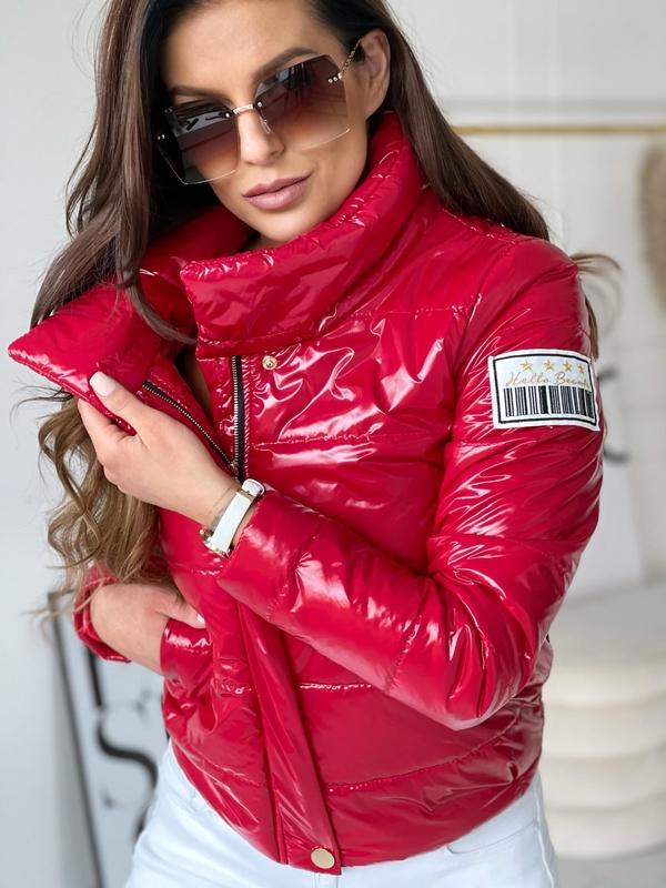 Czerwona kurtka Versada w stylu casual