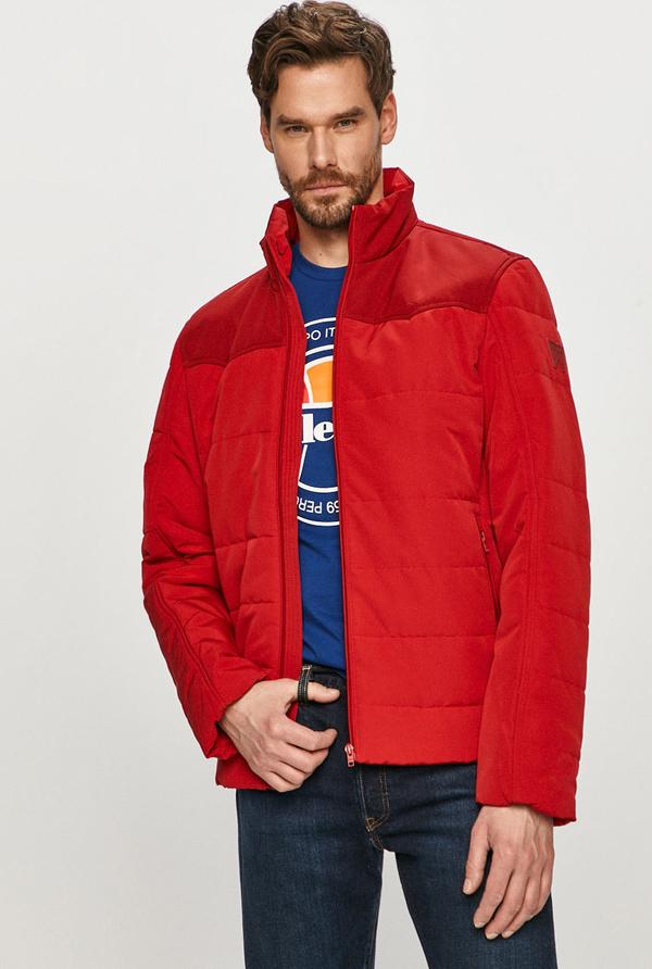 Czerwona kurtka Wrangler z tkaniny w stylu casual