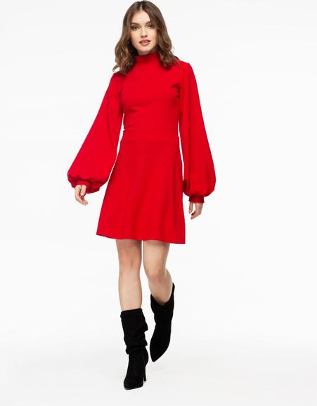 Czerwona sukienka fADD z tkaniny z długim rękawem mini