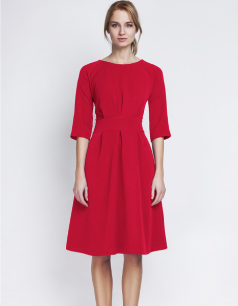 Czerwona sukienka Lanti midi z długim rękawem
