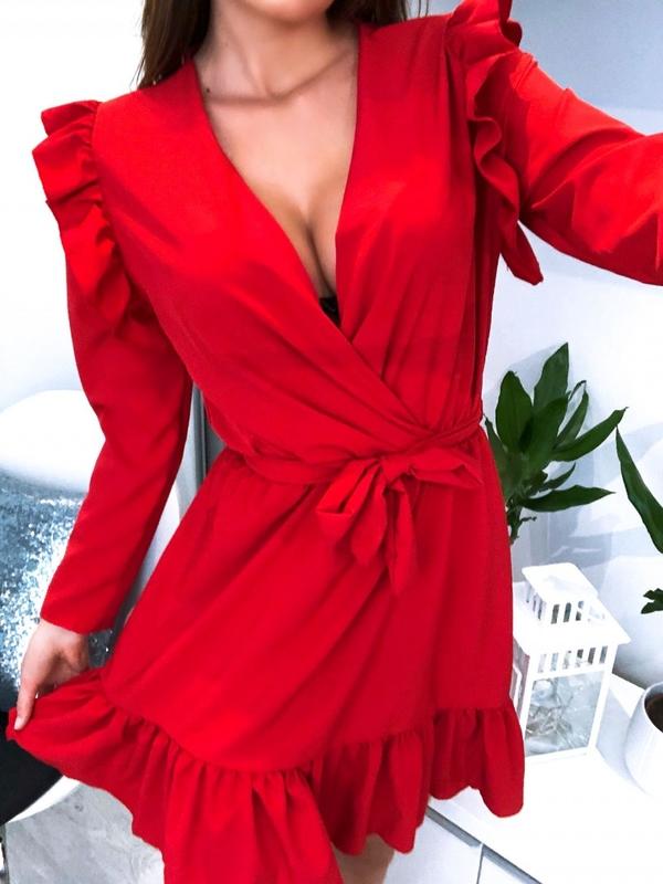 Czerwona sukienka Magmac z długim rękawem kopertowa z
