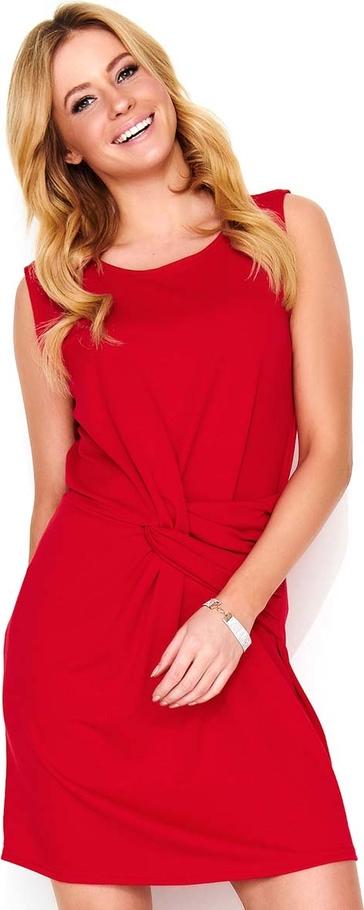 Czerwona sukienka Makadamia z okrągłym dekoltem mini bez rękawów
