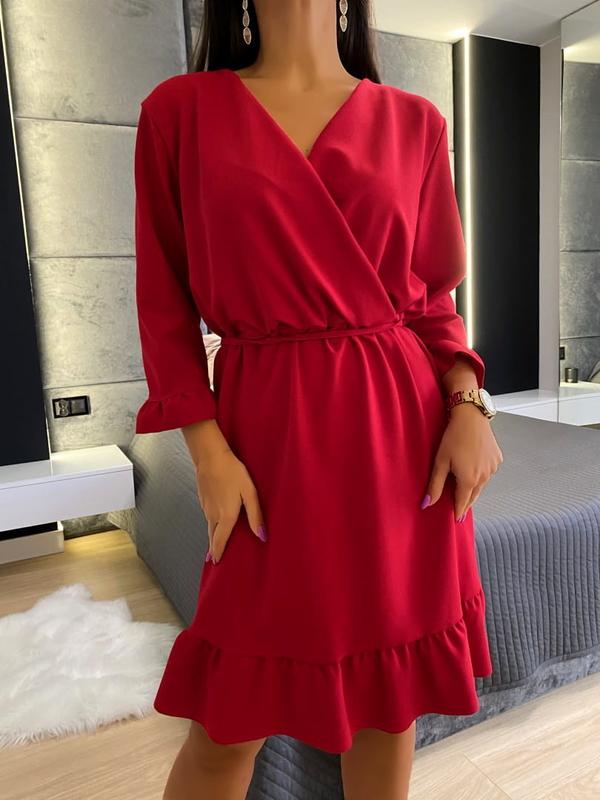 Czerwona sukienka ModnaKiecka.pl kopertowa z dekoltem w kształcie litery v