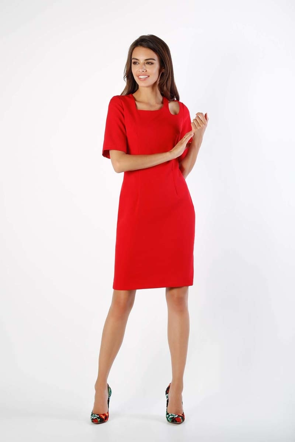 Czerwona sukienka Nommo z długim rękawem