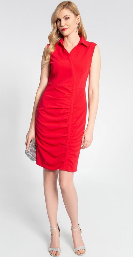 Czerwona sukienka QUIOSQUE dopasowana