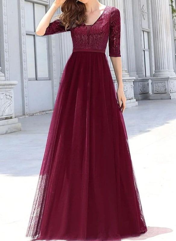 Czerwona sukienka Sandbella z długim rękawem