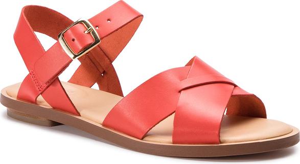 Czerwone sandały Clarks z klamrami ze skóry z płaską podeszwą