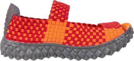 Czerwone sandały rock z płaską podeszwą w rockowym stylu