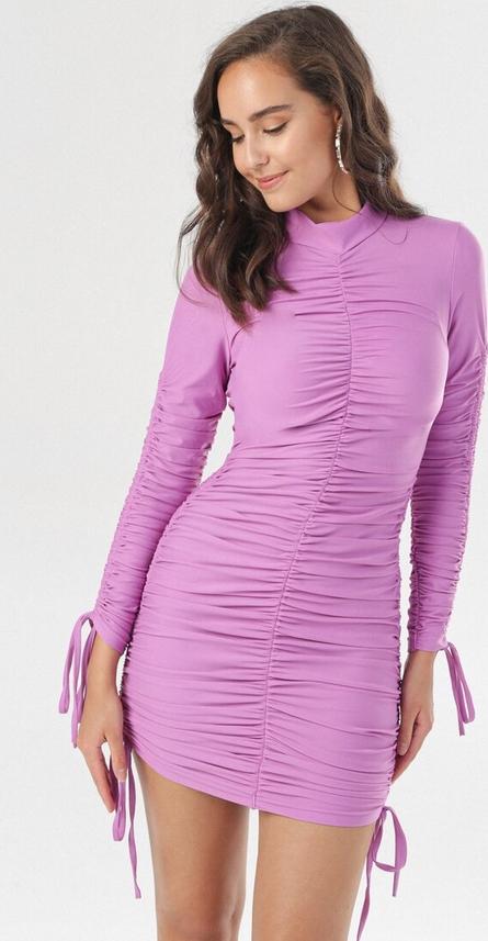 Fioletowa sukienka born2be mini z długim rękawem z golfem
