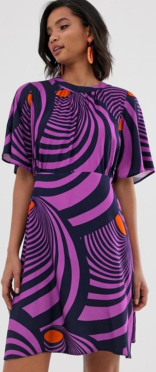 Fioletowa sukienka Closet z okrągłym dekoltem mini