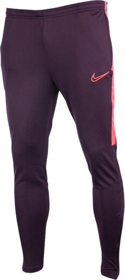 Fioletowe spodnie sportowe Nike
