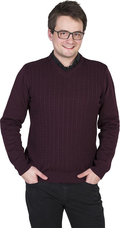 Fioletowy sweter M. Lasota