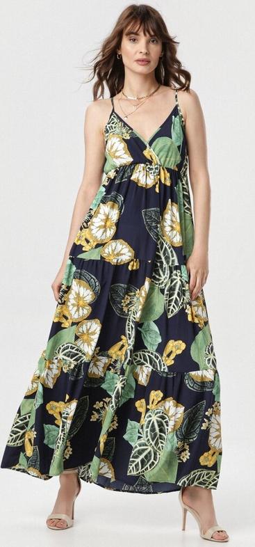 Granatowa sukienka born2be na ramiączkach z dekoltem w kształcie litery v