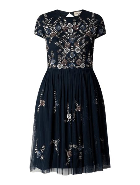 Granatowa sukienka Lace & Beads z krótkim rękawem z okrągłym dekoltem z tiulu