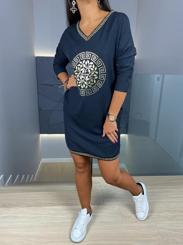 Granatowa sukienka ModnaKiecka.pl z dekoltem w kształcie litery v mini w stylu casual