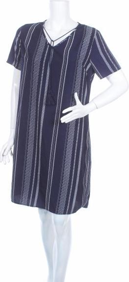 Granatowa sukienka QUIOSQUE prosta w stylu casual z krótkim rękawem