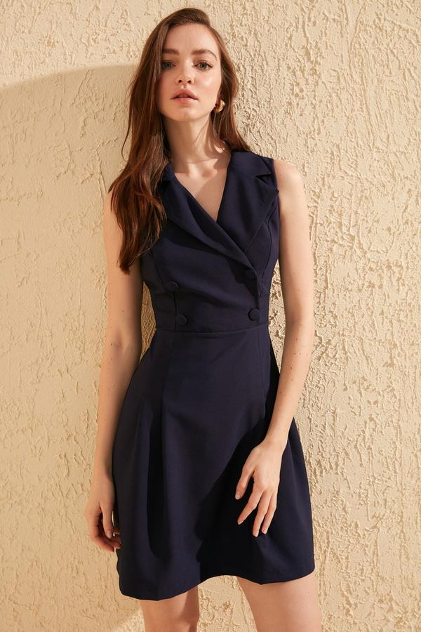 Granatowa sukienka Trendyol mini