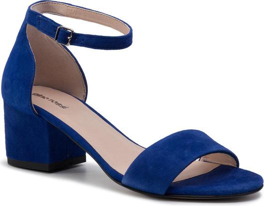 Granatowe sandały Gino Rossi z klamrami