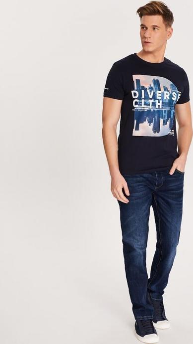 Granatowy t-shirt Diverse