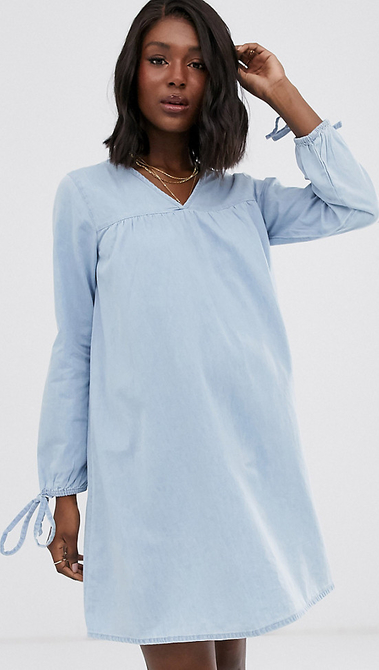 Niebieska sukienka Asos oversize z jeansu