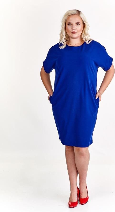 Niebieska sukienka Fokus oversize midi z dzianiny