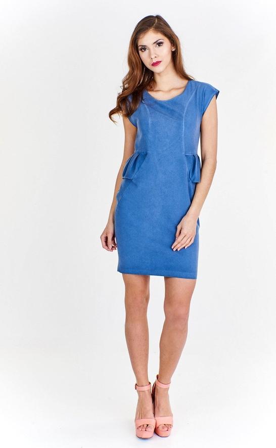 Niebieska sukienka Fokus z okrągłym dekoltem ołówkowa w młodzieżowym stylu