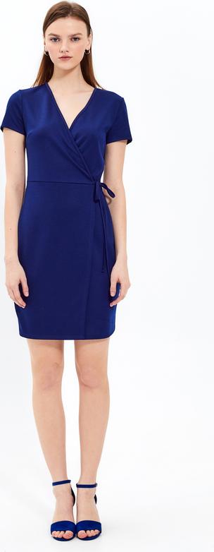Niebieska sukienka Gate z dekoltem w kształcie litery v