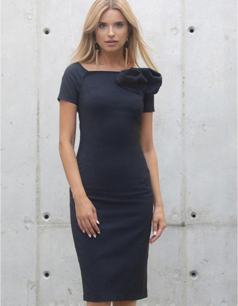 Niebieska sukienka Kasia Zapała z tkaniny