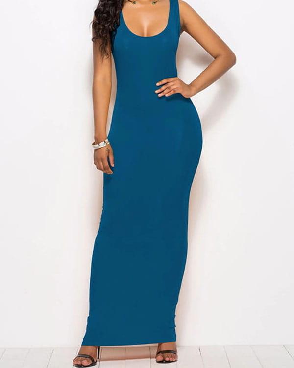 Niebieska sukienka Kendallme na ramiączkach z okrągłym dekoltem