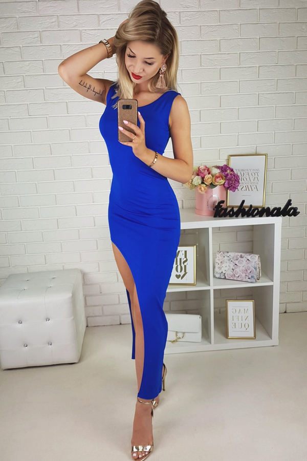 Niebieska sukienka Lumi maxi z okrągłym dekoltem