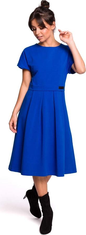 Niebieska sukienka MOE rozkloszowana z bawełny z okrągłym dekoltem
