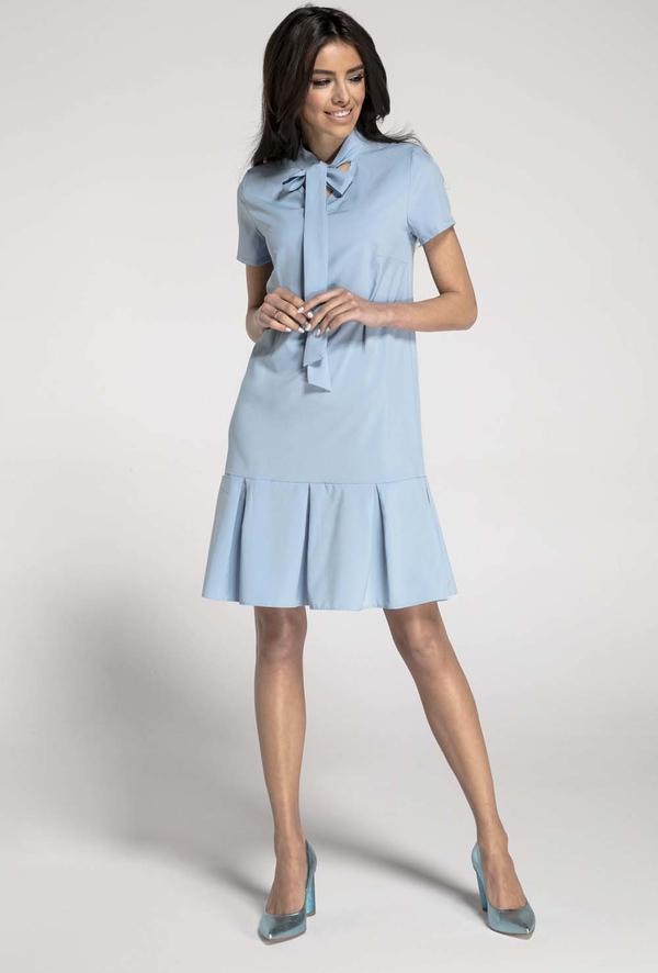 Niebieska sukienka Nommo trapezowa