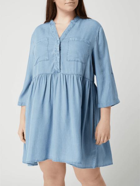 Niebieska sukienka Vero Moda z kołnierzykiem