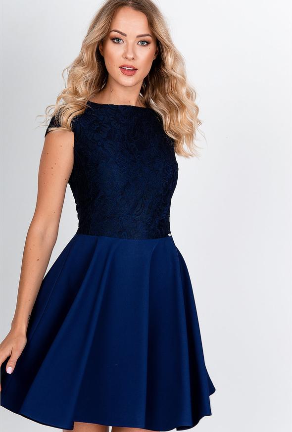 Niebieska sukienka Zoio rozkloszowana