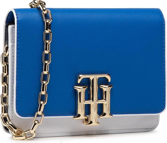 Niebieska torebka Tommy Hilfiger ze skóry
