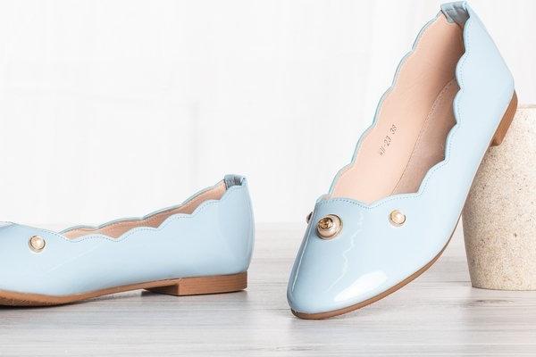 Niebieskie baleriny Royalfashion.pl w stylu casual z płaską podeszwą