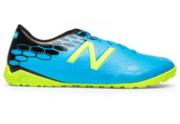 Niebieskie buty New Balance sznurowane w sportowym stylu
