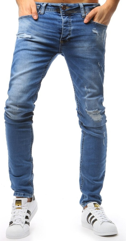 Niebieskie jeansy Dstreet w street stylu