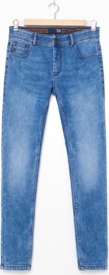 Niebieskie jeansy House w street stylu