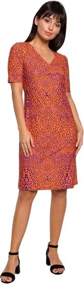 Pomarańczowa sukienka Be z krótkim rękawem z dzianiny